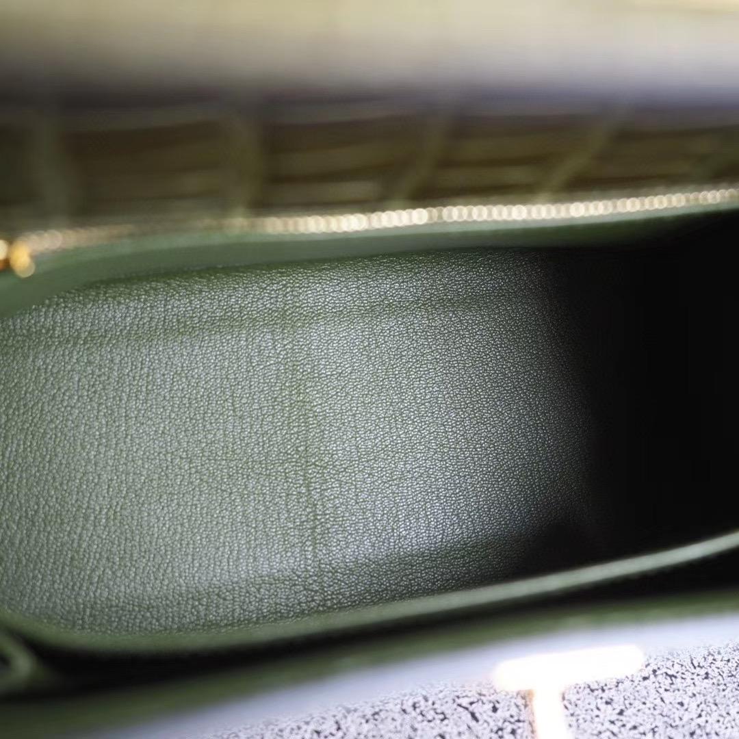 爱马仕官网 凯莉包 Kelly 25CM 6H橄榄绿 亮面方块鳄鱼 金扣