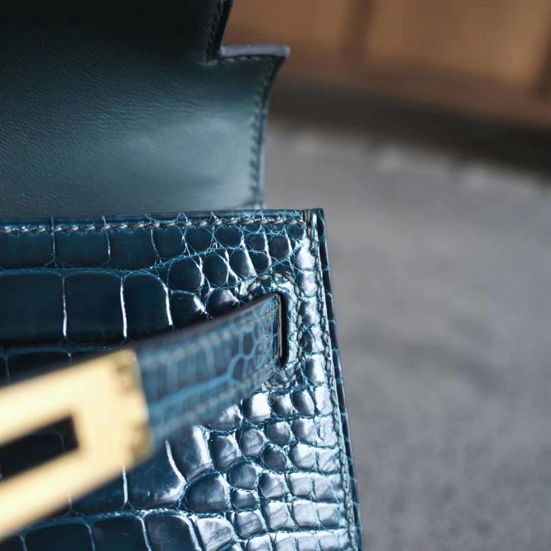 爱马仕 Hermes Mini Kelly 2代  6O柏树绿 亮面方块鳄鱼 金扣