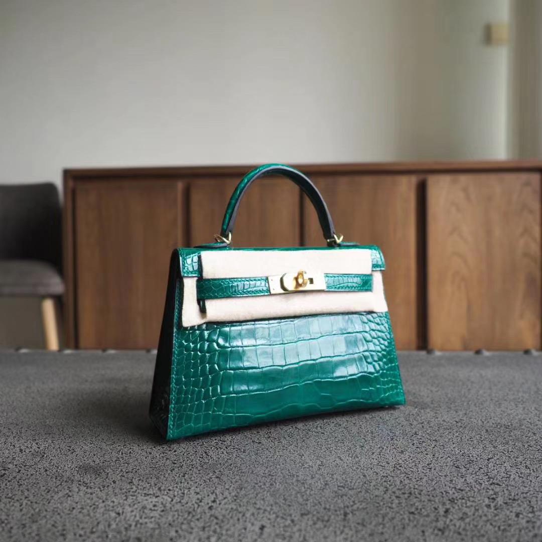 爱马仕 Hermes Mini Kelly 二代 6Q翡翠绿 亮面方块鳄鱼 金扣